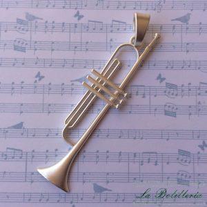Colgante Trompeta - La Bolillería - Tu lugar para el Arte de los Bolillos