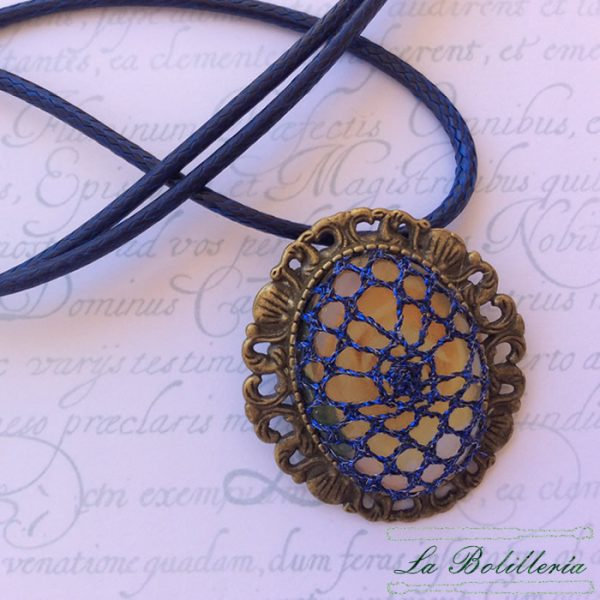 Broche / Colgante Azul - La Bolillería - Tu lugar para el Arte de los Bolillos