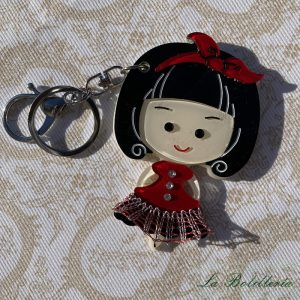 Llavero/Espejo Muñeca en Rojo - La Bolillería - Tu lugar para el Arte de los Bolillos
