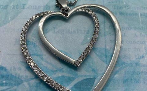 Collar Corazón... corazón - La Bolillería - Tu Lugar para el Arte de Los Bolillos