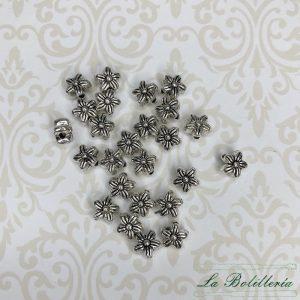Abalorios Florecillas - La Bolillería - Tu lugar para el Arte de los Bolillos